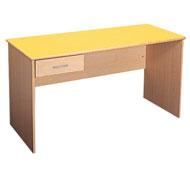 Teacher's table 150 x 70 cm