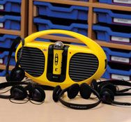 Estación de sonido con 6 auriculares la unidad más 6 auriculares