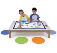 Conjunto de mesa de luz y mesa rectangular el conjunto